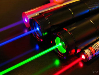 Lecture Series on Laser Fundamentals